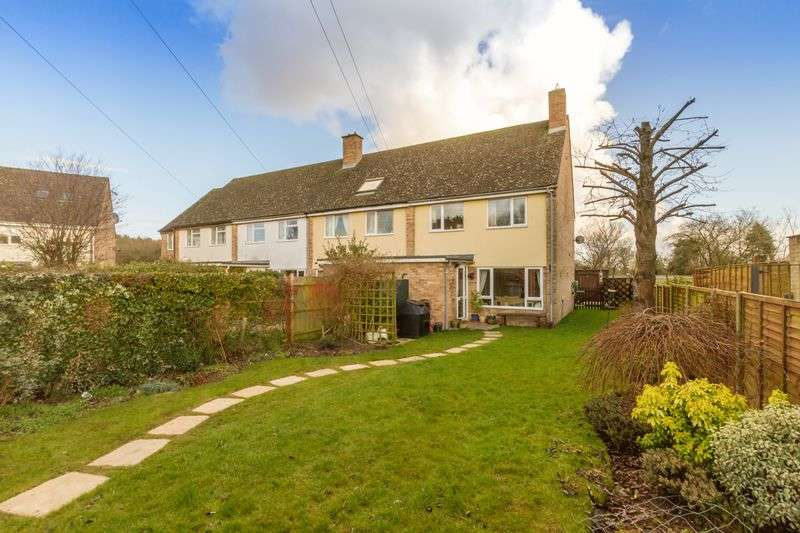 3 Bedrooms Semi Detached House for sale in Lymbrook Close, South Leigh