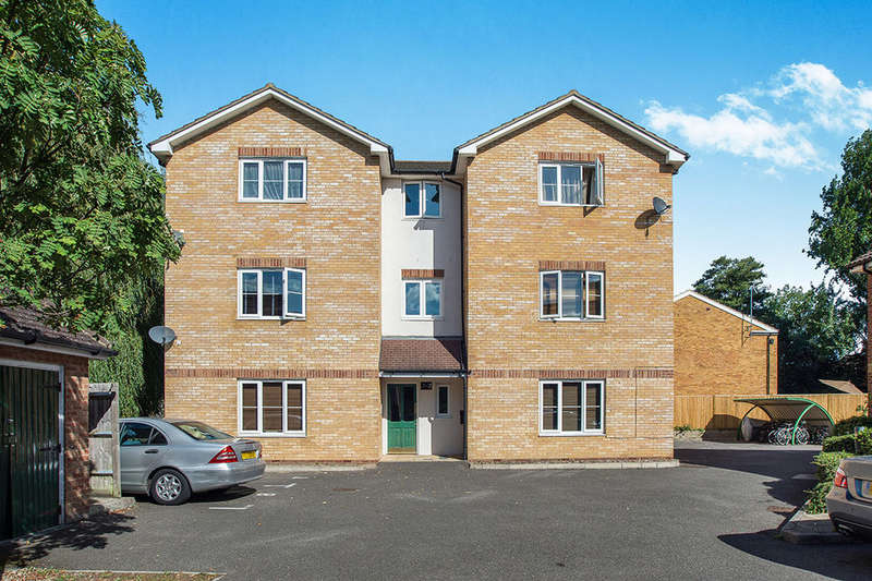 1 Bedroom Flat for sale in Isabella Place, Kingston Upon Thames, KT2