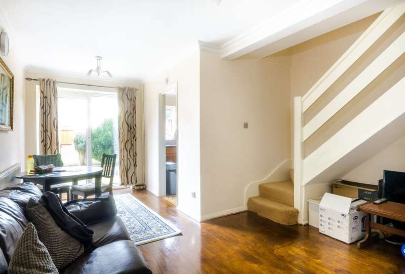 3 Bedrooms End Of Terrace House for sale in Camborne Road, Sutton, SM2