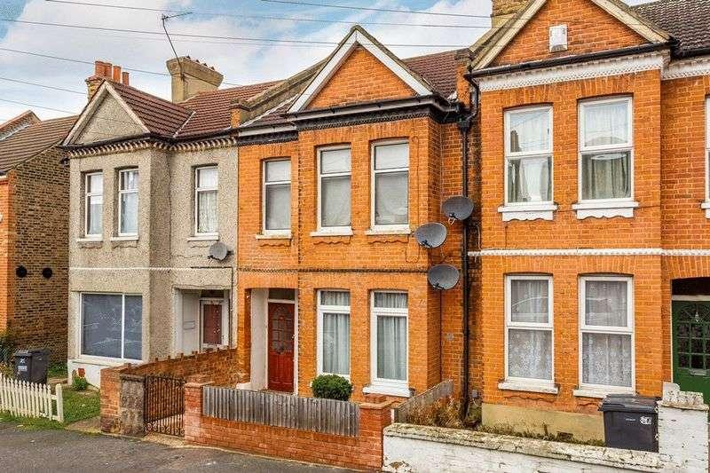 2 Bedrooms Flat for sale in Cranbrook Road, THORNTON HEATH
