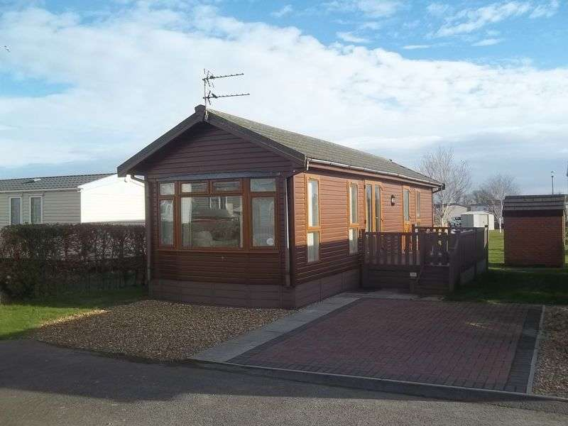 2 Bedrooms Bungalow for sale in 617 Mallard Avenue, Willowgrove Park, Sandy Lane, Preesall, Knott End, Lancashire, FY6 0RB