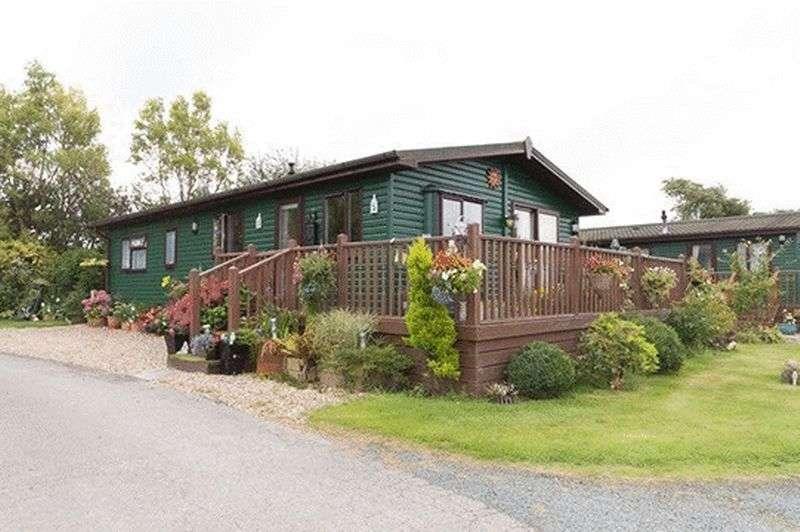 3 Bedrooms Property for sale in 22MP Sunset Park, Sower Carr Lane, Hambleton, Poulton-Le-Fylde, Lancashire, FY6 9EQ