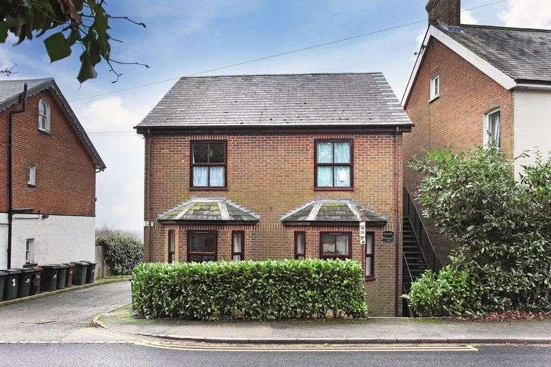 1 Bedroom Flat for sale in Cross In Hand, East Sussex
