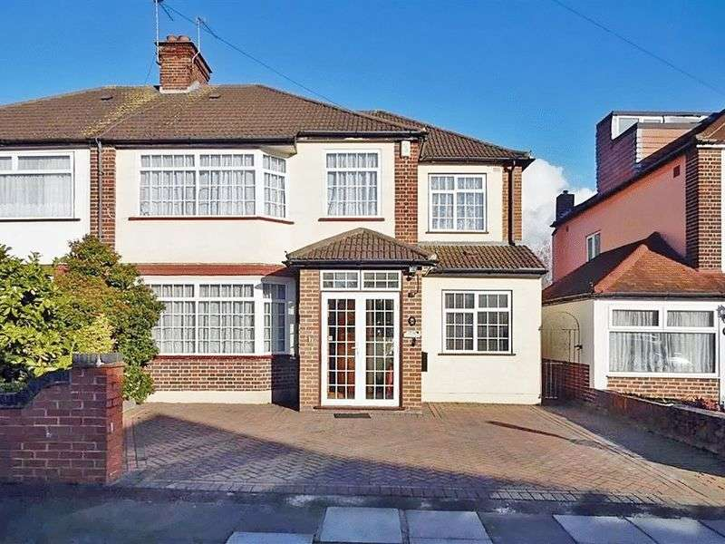 5 Bedrooms Semi Detached House for sale in Dorset Avenue, Southall