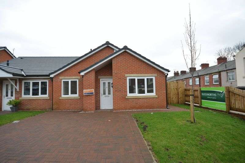 3 Bedrooms Bungalow for sale in Arthur Street, Great Harwood