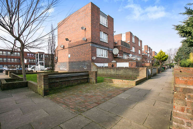 5 Bedrooms Flat for sale in Carlton Grove, London, SE15