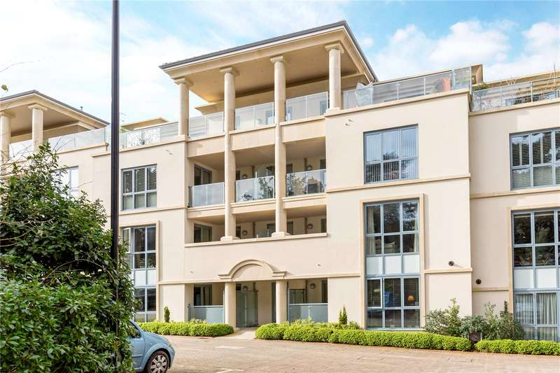 2 Bedrooms Flat for sale in Regency House, Humphris Place, Sandford Road, Cheltenham, GL53
