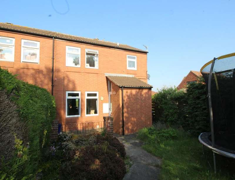 3 Bedrooms Semi Detached House for sale in Ash Croft, Retford, DN22