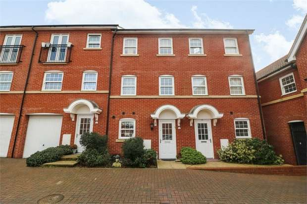 4 Bedrooms Terraced House for sale in George Roche Road, Canterbury, Kent