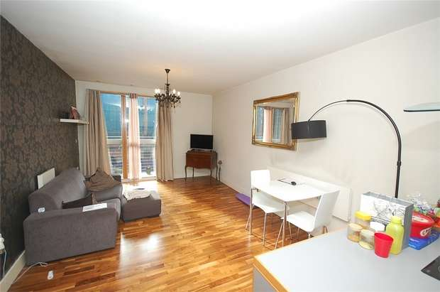 1 Bedroom Flat for sale in 11-15 Whitworth Street West, MANCHESTER, UK