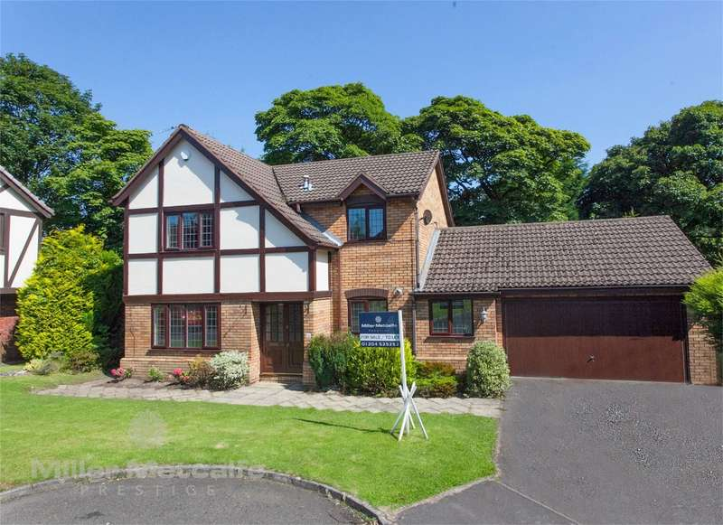 4 Bedrooms Detached House for sale in Wykeham Mews, Heaton, Bolton, Lancashire