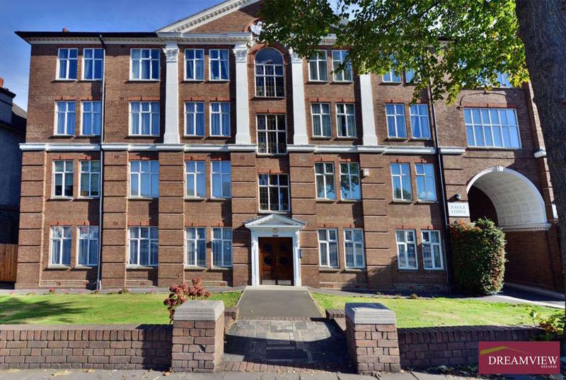 3 Bedrooms Apartment Flat for sale in EAGLE LODGE, GOLDERS GREEN ROAD, GOLDERS GREEN, LONDON, NW11