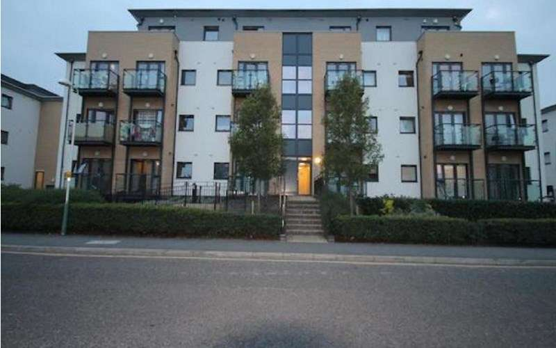 1 Bedroom Flat for sale in Cottons Approach, Romford