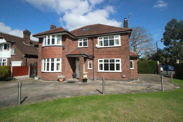 6 Bedrooms Detached House for sale in Cecil Avenue, Sale