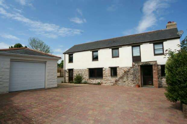 3 Bedrooms Cottage House for sale in Fore Street, Grampound Road, TRURO
