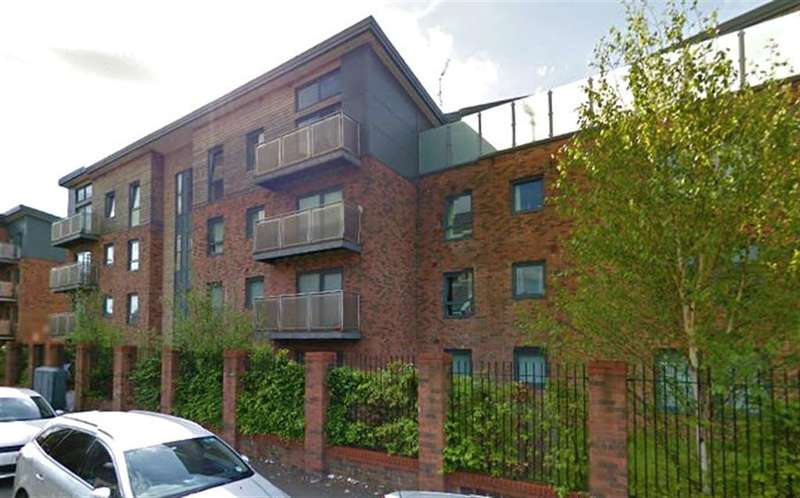 1 Bedroom Flat for sale in Eccles Fold, Eccles, Manchester, M30 0NT