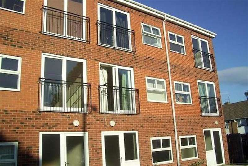 2 Bedrooms Flat for sale in Amersall Road , Scawthorpe , , DN5 9LN