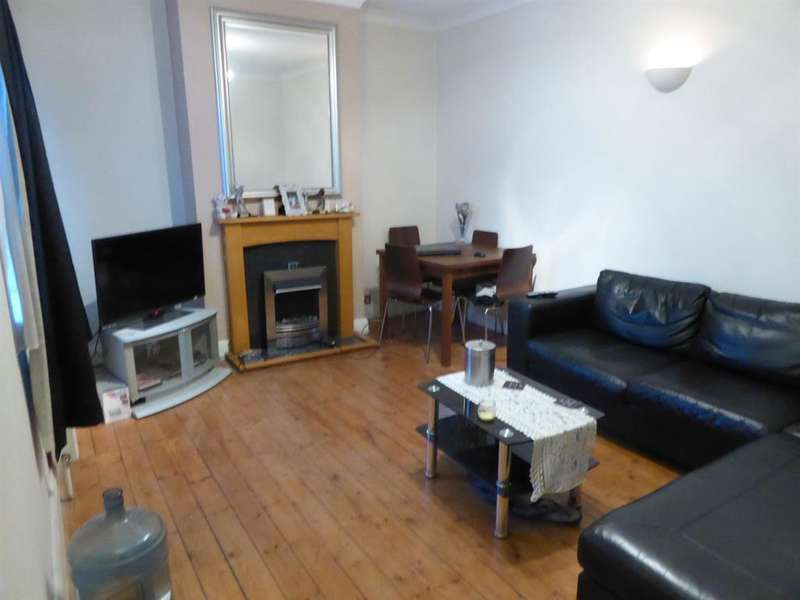 2 Bedrooms Flat for sale in Empire Buildings, Waterside , Crayford, DA1 4JJ