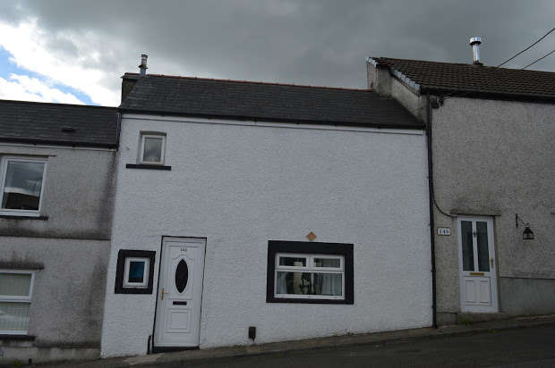 2 Bedrooms Terraced House for sale in Broadway, Treforest, CF37