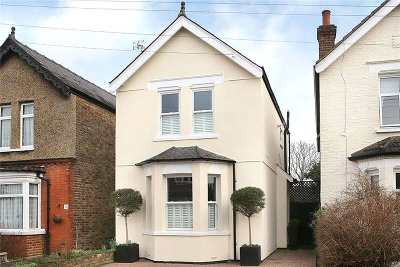 3 Bedrooms Detached House for sale in Langton Road, West Molesey, Surrey, KT8