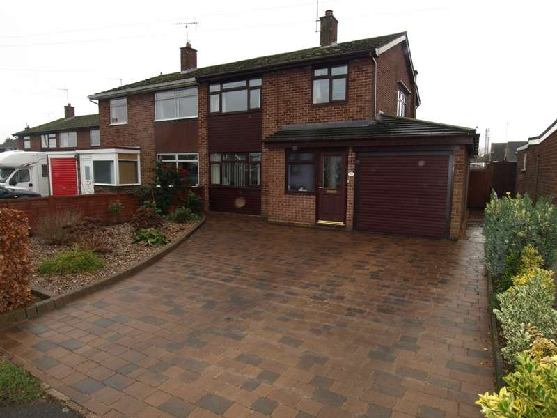 3 Bedrooms Semi Detached House for sale in Little Linford Lane, Newport Pagnell, Buckinghamshire