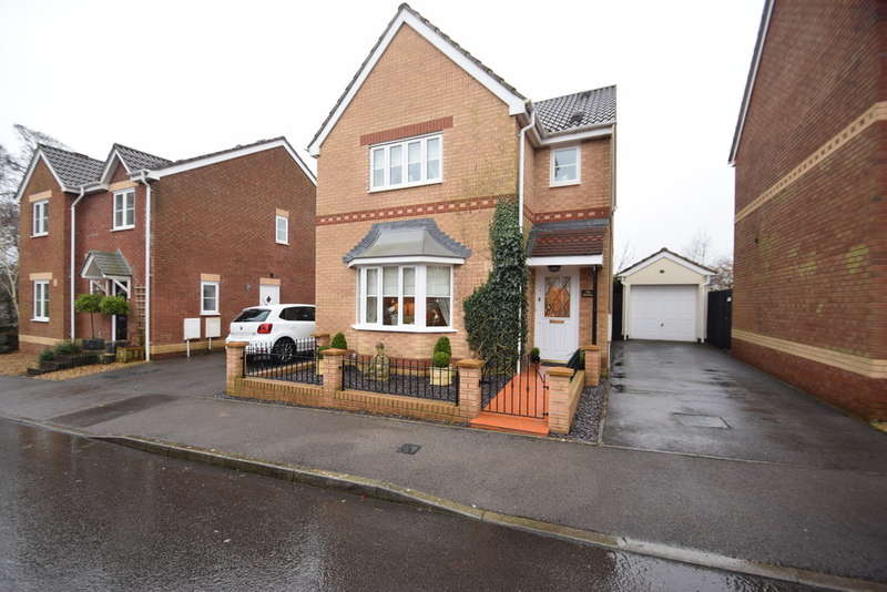 3 Bedrooms Detached House for sale in 2 Fairplace Close, Broadlands, Bridgend, Bridgend County Borough, CF31 5BY.