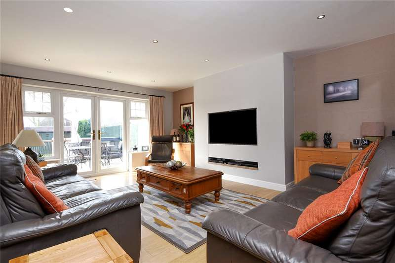 4 Bedrooms Semi Detached House for sale in Coombe Drive, Eastcote, Middlesex, HA4