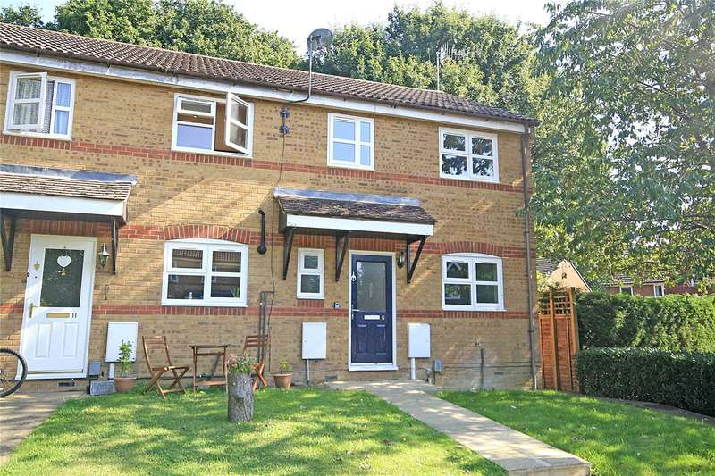 3 Bedrooms End Of Terrace House for sale in Dunfee Way, Byfleet, Surrey, KT14