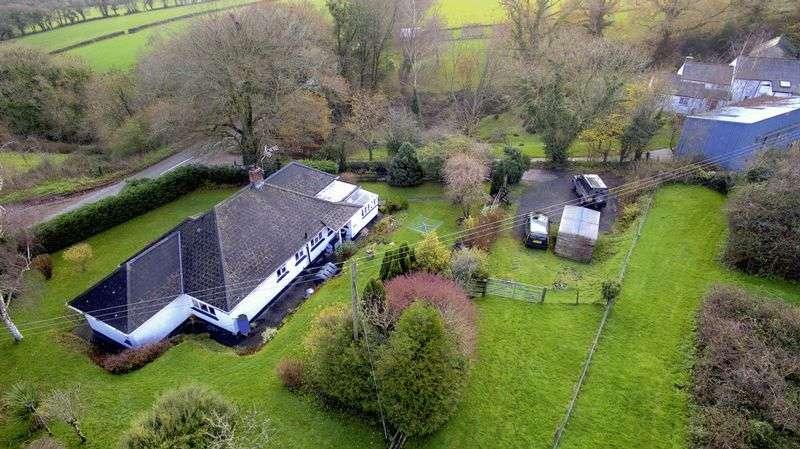 3 Bedrooms Detached Bungalow for sale in Lawhitton, Launceston