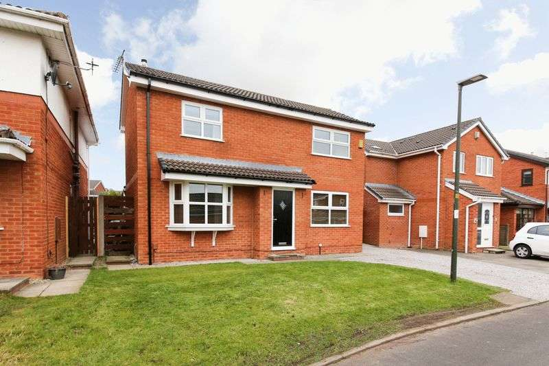3 Bedrooms Detached House for sale in Broomholme, Shevington