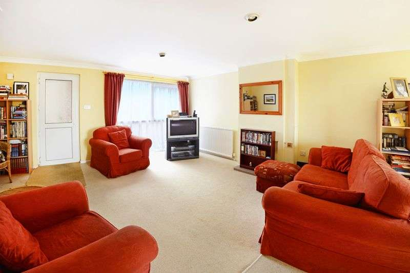 3 Bedrooms House for sale in Crossways, Dorchester, DT2