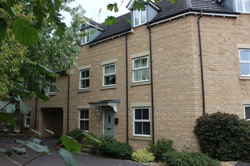 4 Bedrooms Terraced House for sale in Nightingale Way, Calne