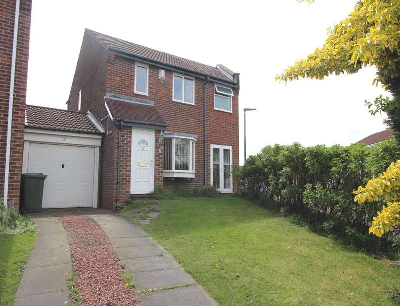 4 Bedrooms Detached House for sale in Cloverhill Drive, Crawcrook, NE40