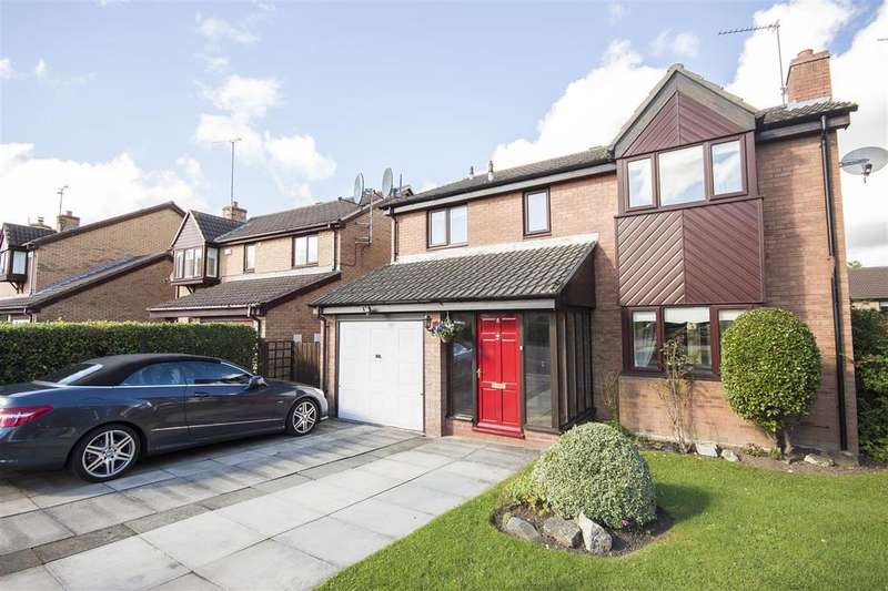 4 Bedrooms Detached House for sale in 8 Westwell Court, Castledene, South Gosforth, Newcastle upon Tyne NE3