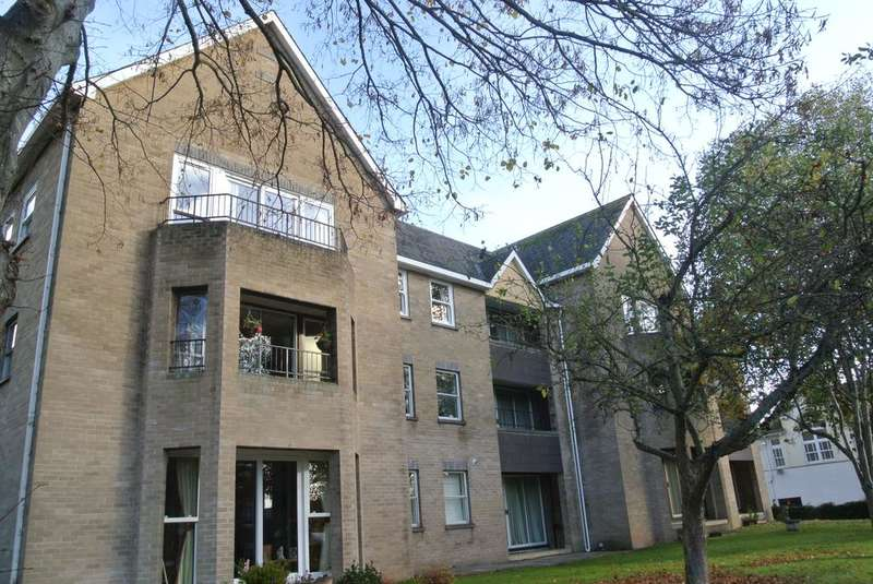 2 Bedrooms Apartment Flat for sale in Elm Park, Elm Grove, Taunton TA1