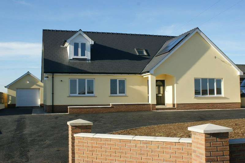 4 Bedrooms Detached Bungalow for sale in Beulah, Newcastle Emlyn, Ceredigion SA38
