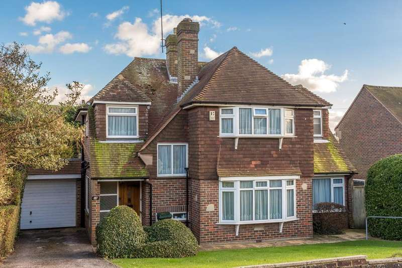 4 Bedrooms Detached House for sale in Gorham Avenue, Rottingdean, Brighton BN2
