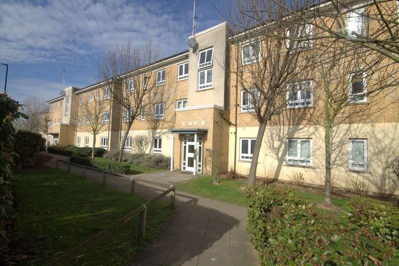 2 Bedrooms Flat for sale in Viridian Court, Ashford Road, Feltham, TW13