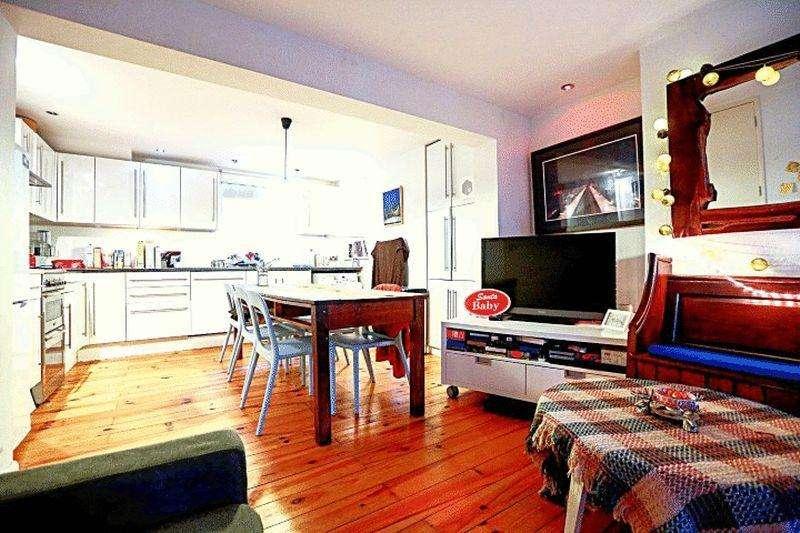 4 Bedrooms Terraced House for sale in Cobden Road, Hanover, Brighton BN2 9TL
