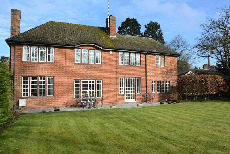 5 Bedrooms Detached House for sale in Bilton Road, Rugby