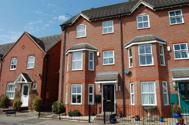3 Bedrooms Town House for sale in Rowallen Way, Timken, Daventry NN11 9BS