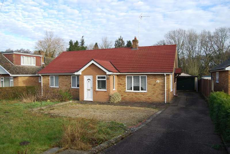 3 Bedrooms Detached Bungalow for sale in Stone Road, Toftwood NR19