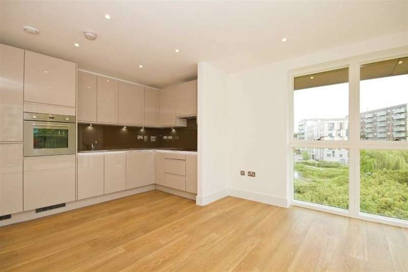 3 Bedrooms Flat for sale in Bodiam Court, Royal Waterside, Park Royal, London NW10