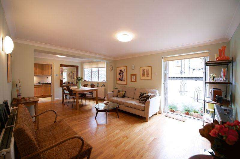 2 Bedrooms Flat for sale in St Simons Hall, MacRoom Road, Maida Vale, W9