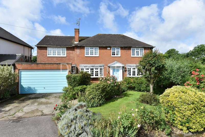 4 Bedrooms Detached House for sale in Heath Drive, Potters Bar EN6