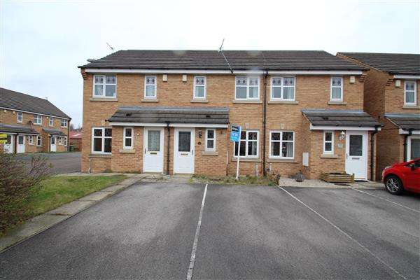 2 Bedrooms Town House for sale in Hoctun Close, Glasshoughton