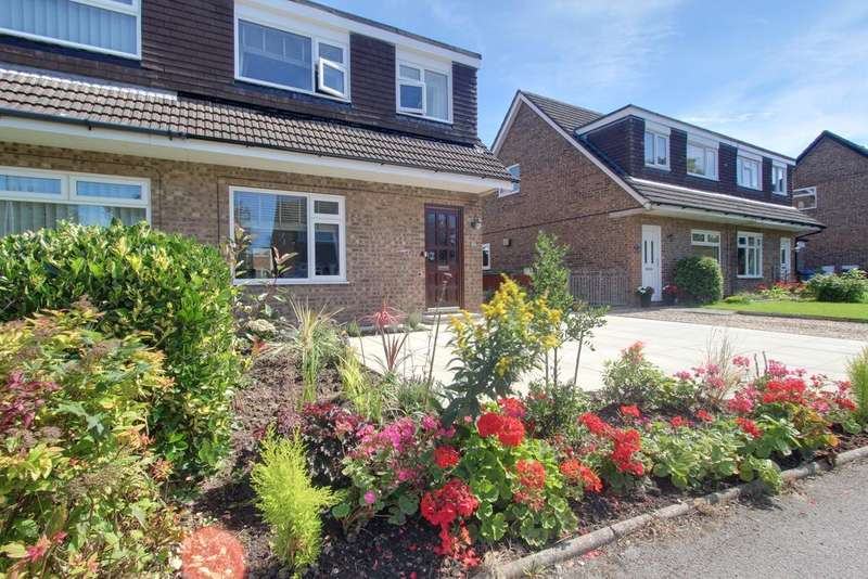 3 Bedrooms Semi Detached House for sale in KNARESBOROUGH CLOSE, POULTON LE FYLDE FY6