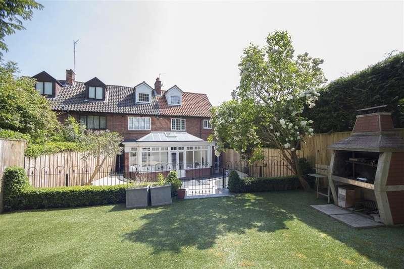 4 Bedrooms Semi Detached House for sale in 27 Glastonbury Grove, Jesmond, Newcastle upon Tyne NE2