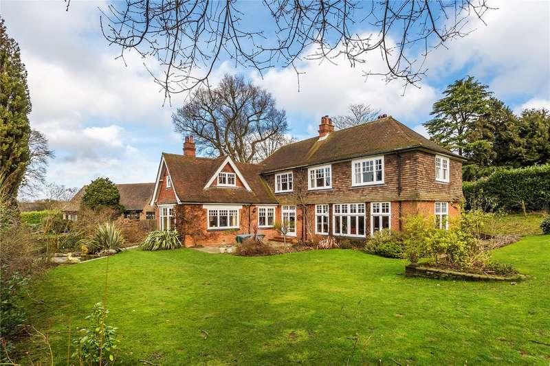 5 Bedrooms Detached House for sale in Bayards, Warlingham, Surrey, CR6