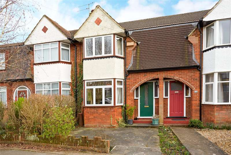 2 Bedrooms Terraced House for sale in Parkway, Dorking, Surrey, RH4